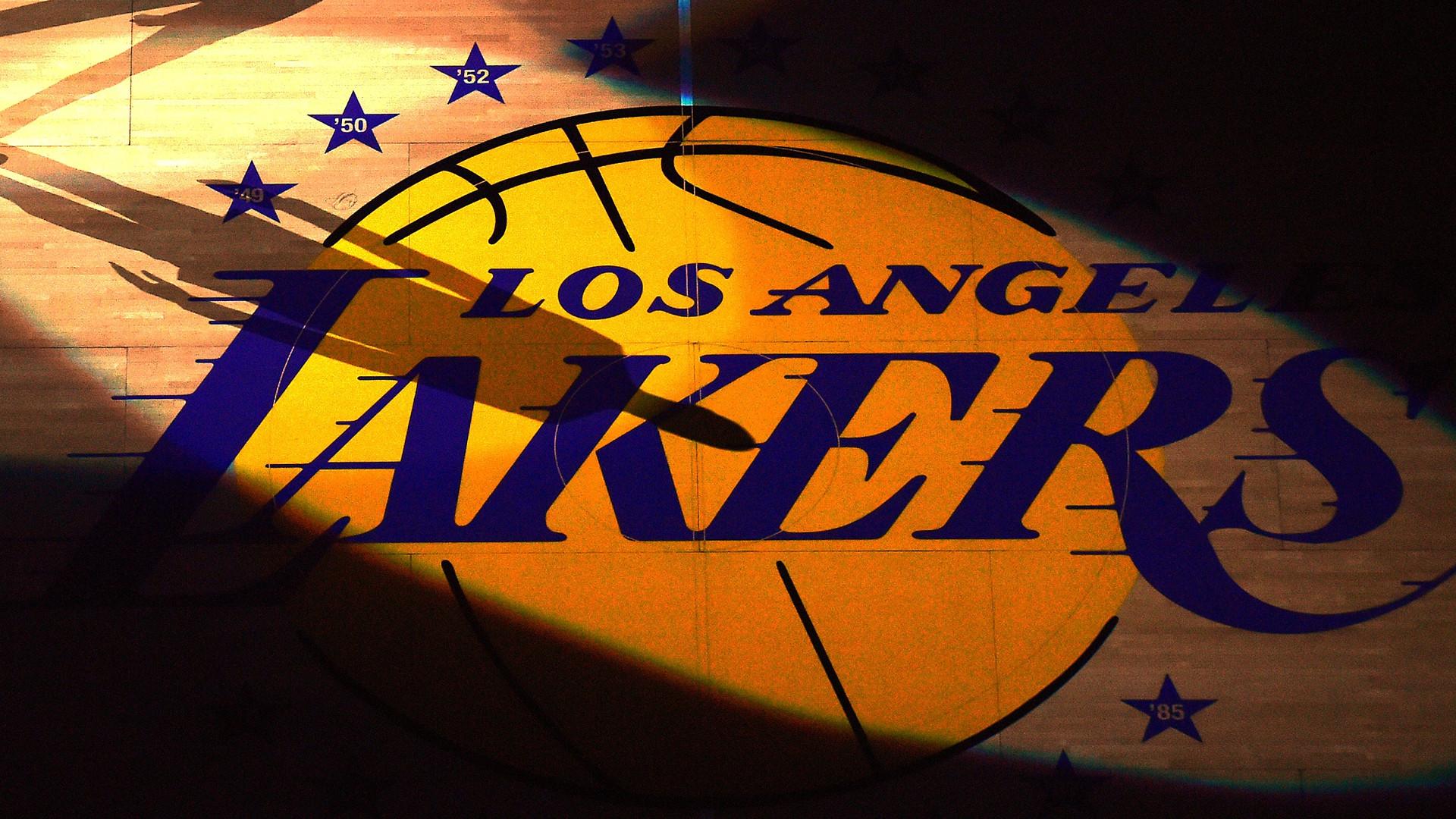 Lakers News Team Returns 4 6 Million Small Business Loan